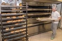 V pekarni Mišmaš....