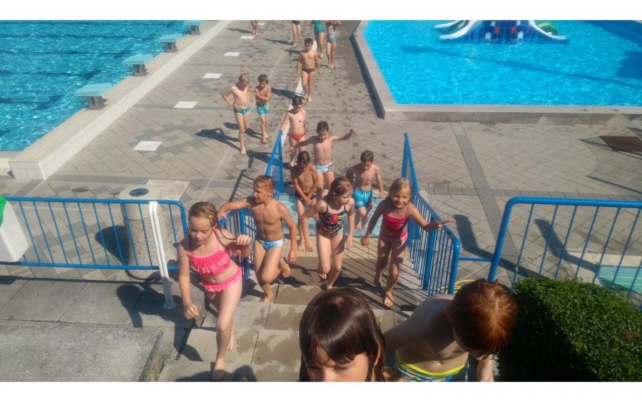 Plavanje drugošolcev